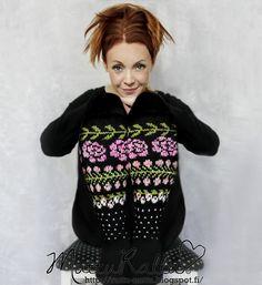Knitting Socks, Knit Socks, Knitting Designs, Mittens, Knitwear, Knit Crochet, Winter Fashion, Unique, Fabric