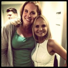 Kristin Chenoweth Randomly Selects Audience Member With A Fantastic Voice To Sing Onstage
