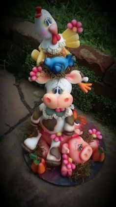 Fondant Horse, Fondant Animals, Clay Projects, Clay Crafts, Diy And Crafts, Gelatin Bubbles, Clay Fairy House, Animal Cakes, Clay Fairies