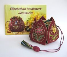 Bucketlist:  Petal hussif in 'Elizabethan Needlework Accessories' by Sheila Marshall (1 of 2)