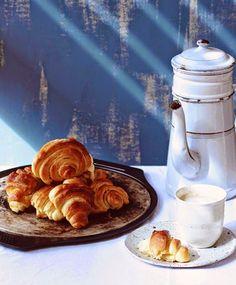 Milk and Honey: Cornetti (Italian Croissants) Filo Pastry, Choux Pastry, Flaky Pastry, Shortcrust Pastry, Good Morning Breakfast, Breakfast Time, Breakfast Recipes, Croissant Dough, Coconut Truffles