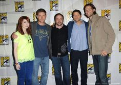 Felicia Day, Jensen Ackles, Mark Sheppard, Misha Collins, and Jared Padalecki red carpet #ComicCon2013