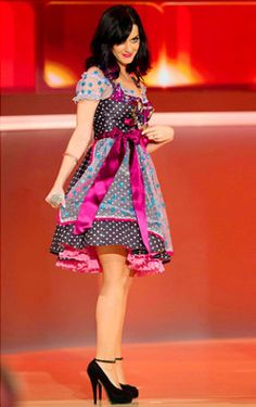 Katy Perry in a Lola Paltinger Couture Dirndl at  'Wetten, dass...?' in Munich. Order the perfect bra here > http://www.sariana.com/shop/product_info.php?info=p294_marry-heidi-push-up.html #sariana #perfectbra #dirndl #lolapaltinger