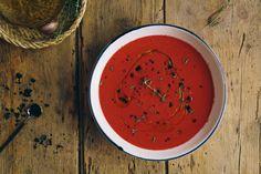 gazpacho remolacha albahaca