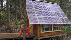 Derek Diedricksen, however, doesn't subscribe to that notion, and built his tiny, off grid cabin for just $300 using recycled and found materials. Description from insteading.com. I searched for this on bing.com/images