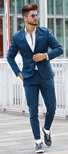 Trendy Suits With Sneakers Outfit Ideas Suits And Sneakers, Sneakers Outfit Men, Sneakers Fashion, Mcqueen Sneakers, Mens Fashion Suits, Mens Suits, Men's Fashion, Fashion Ideas, Best Fashion Photographers
