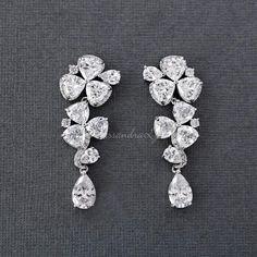 Dainty Gold Spike Stud Earrings- tiny/ minimal/ modern/ opal earrings/ aquamarine earrings/ gifts for her/ best friend gift/ chic studs - Fine Jewelry Ideas Prom Jewelry, Coral Jewelry, Cute Jewelry, Wedding Jewelry, Jewlery, Tiny Stud Earrings, Circle Earrings, Cluster Earrings, Aquamarine Earrings