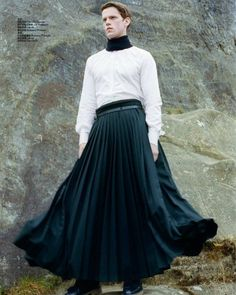 boys as boys in skirts (and dresses) Man Skirt, Dress Skirt, Queer Fashion, Mens Fashion, Androgynous Men, Guys In Skirts, Men Wearing Skirts, Alternative Fashion, Skirt Fashion