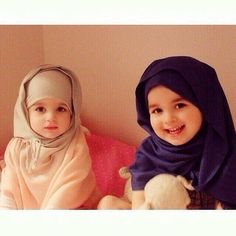 muslim, baby, and child image Me and my sis Cute Kids Photos, Cute Baby Pictures, Baby Photos, Cute Baby Couple, Cute Baby Girl, Baby Love, Little Babies, Cute Babies, Baby Kids
