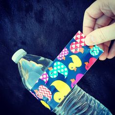 Baby Shower Ideas : Duck Tape : Water Bottles I like to keep things simple, so I decided to bypass cups and ice, and instead I decided to serve individual chilled drinks. Here is a cute way to dress-up the typical, boring, water bottle look.