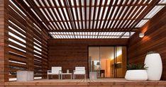 As casas de madeira são cada vez uma aposta para casas de férias, ou, até mesmo, para casas de habitação. A ideia das casas de madeira do estilo cabanas ou