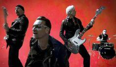 """""""Mamá, llegué"""": un entusiasta fan tocó con U2 en el escenario"""