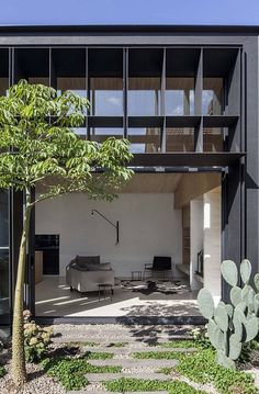 desiretoinspire.net Baffle house by Clare Cousins architects, open space living room, garden, style