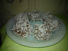 Paleo süti receptek - kókuszgolyó Krispie Treats, Rice Krispies, Diabetic Recipes, Diet Recipes, Paleo, Nasa, Food, Essen, Beach Wrap