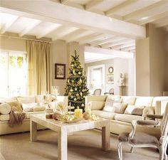 Una casa de Navidad con reflejos dorados · ElMueble.com · Casas