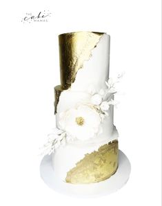 Gold and White Elegant Wedding Cake with simple floral detail. Click the link to learn more about ordering your celebration cake. wedding food Gold and White Elegant Wedding Cake Elegant Wedding Cakes, Cake Wedding, Cupcake Wars, Celebration Cakes, Custom Cakes, Food Network Recipes, Special Day, Weddingideas, How To Memorize Things