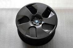 BMW to offer carbon fiber wheels in a year or two. http://aol.it/MYHJ42 @BMWUSA  #BMW #CarbonFiber #wheels