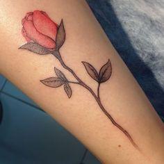 Rosa. #tattoo #rosa #rosetattoo #tatuagem #tatuagemrosa #flor #flowertattoo #tatuagemflor #flower #tattooart #ink #inked #tattoodubem
