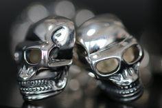 Coolest cufflinks ever: http://www.thomassabo.com/EU/default/go?target=Product-Show&pid=MK40