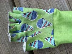 Monkey Bar Gloves! ** Kids' gardening gloves with fingertips cut off + Several drops of GOOP craft glue (for grippy-ness) = No more blisters from those monkey bars :)