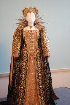Gown worn by Judi Dench as Elizabeth I in Shakespeare in Love.