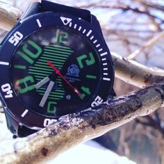 Tauchmeister watch out on a tree for this splendid and warm day of winter.. Spring soon? ⌚❄❓#uigwatch #tauchmeister #tauchmeister1937 #bigwatch #largegermanwatches #largedivingwatch #winter #splendid #divingwatch #dive #diving #warmday #tree #watchporn #mensstyle #menstuff #mensfashionstyle #mensfashion #fashionwatch #watch #germany #germanwatches #montre #montredeplongee #montredeluxe #armbanduhr #uhren #reloj #spring #orlogi www.uigwatch.com