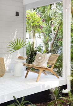🌟Tante S!fr@ loves this📌🌟Coastal Australian Byron Bay Outdoor reading nook! Featuring Uniqwa Furniture Collections Serengeti Occasional Chair, Pillar Stool, Bindu Basket & Inkosi Vase // // Styling and Photography // Location // Cushions by // Types Of Furniture, Cool Furniture, Outdoor Furniture, Furniture Ideas, Furniture Dolly, Furniture Stores, Porches, Patio Chairs, Outdoor Chairs