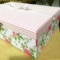 Caixa em mdf forrada com tecido encomendas fermyki@hotmail.com e sigam no instagran @fermyki