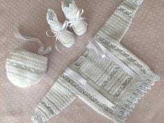 JUBÓN, GORRO Y PATUCOS 3 en Mis Manitas   DIY Blog de Manualidades y Reciclaje Knitting, Wedding, Diy, Trinidad, Knit Jacket, Block Prints, Models, Baby Knits, Point Lace