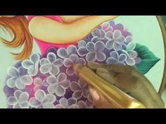 Pintura en tela en este vídeo te enseño a pintar el vestido.. no olvides suscribirte a mi canal