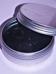 Čistič pleti s uhlím Hair Beauty, Detox, Plates, Cosmetics, Homemade, Tableware, Diy, Wellness, Design