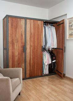 Placard hierro y madera - www.sachamuebles.com www.facebook/SachaMuebles