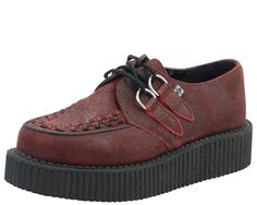 If you're ANYTHING like me you have a major foot fetish! Including what those lovely piggies fit into; shoes! Over 70 NEW Creepers and Boots...