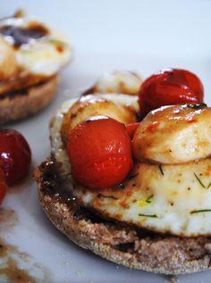 Caprese egg sandwich | bs in the kitchen