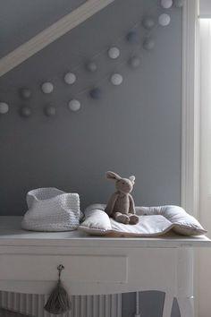 Loving this nursery inspiration Baby Bedroom, Baby Boy Rooms, Nursery Room, Girls Bedroom, Ideas Habitaciones, Happy Lights, Nursery Neutral, Nursery Grey, Kids Corner