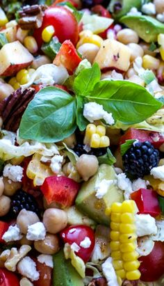 Easy Summer Herb and Chickpea Chopped Salad