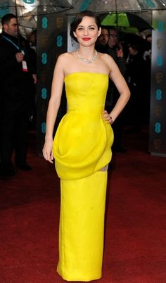 Marion Cotillard in Dior Haute Couture at the 2013 BAFTAs