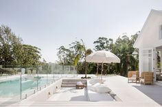 🌟Tante S!fr@ loves this📌🌟Three Birds Renovations - Bonnie's Dream Home - Sunken Lounge - Pool