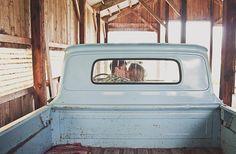Adorable! vintage rustic engagement | Cozbi Jean Photography