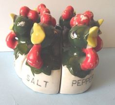 VINTAGE Ceramic Set of 6 Unique Chicken Salt Pepper & Spice Shakers/Wedge Shaped