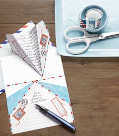 Yes, we are in love with these Paper Airplane Love Notes from Living Magazine. Give your love notes a lift. Take an aerial approach to letter writing with pint-size paper airplanes. CL contributing editor Cathe Holden designed this high-flying stationery. Valentines Bricolage, Valentine Day Crafts, Be My Valentine, Valentine Ideas, Diy Paper, Paper Crafts, Saint Valentin Diy, Printable Paper, Printable Valentine