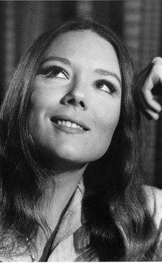 Diana Rigg in The Avengers Emma Peel, The Avengers, Avengers Images, James Bond, Diana Riggs, The Painted Veil, Dame Diana Rigg, Dramatic Classic, Bond Girls
