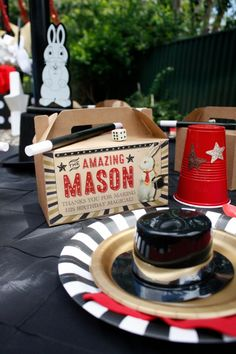Boy's Magic Birthday Party Themed Table Ideas