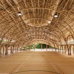 Bamboo Sports Hall, Panyaden International School, Chiang Mai, Thailand, by Chiangmai Life Architects and Construction Architecture Durable, Bamboo Architecture, School Architecture, Sustainable Architecture, Architecture Design, Residential Architecture, Bamboo Building, Green Building, Pavillion