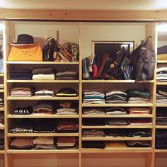 ayaya.hanaさんの、棚,クローゼット,洋服収納,パイン材,オープンクローゼット,カバン収納,ウォークインクローゼット収納,のお部屋写真