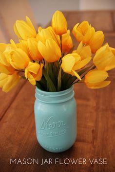 DIY: MASON JAR FLOWER VASE