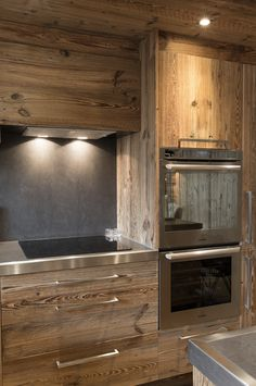 Home Decoration For Halloween Cabin Interior Design, Chalet Interior, Chalet Design, House Design, Chalet Chic, Chalet Style, Ski Chalet, Cabin Kitchens, Mountain Homes