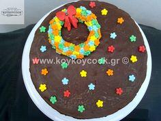 ΝΗΣΤΙΣΙΜΗ ΤΟΥΡΤΑ ΣΟΚΟΛΑΤΑ ΜΕ ΜΠΙΣΚΟΤΑ ΧΩΡΙΣ ΨΗΣΙΜΟ Birthday Cake, Sweet, Desserts, Food, Candy, Tailgate Desserts, Deserts, Birthday Cakes, Essen