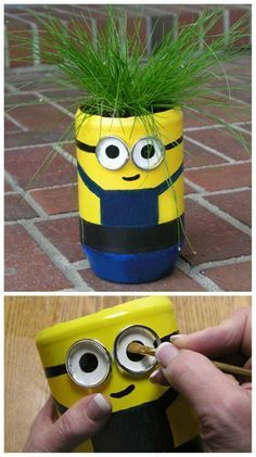 DIY minions recycle projects for creative kids include despicable me favorite character minions made with paper plates, popsicle sticks, felt, jars andMake birdhouses for Garden Ideas) - Easy DIY Plastic Bottle Projects - Vinyl Bottles Flower Pot Crafts, Clay Pot Crafts, Fun Crafts, Crafts For Kids, Plastic Bottle Crafts, Diy Bottle, Minion Craft, Cute Minions, Decorative Bird Houses