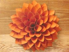 On Crafternoon, Marianne demonstrates how to make a simple but gorgeous giant paper dahlia. Diy And Crafts Sewing, Crafts For Girls, Easy Diy Crafts, Crafts To Sell, Adult Crafts, Paper Dahlia, Paper Flowers, Dahlia Flower, Wall Flowers